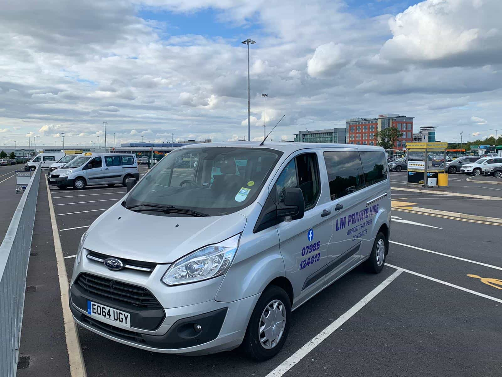 LM Private Hire Minibus. Pershore Taxi for Airport journeys